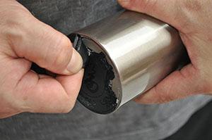 成型硅胶粘金属胶水应用案例